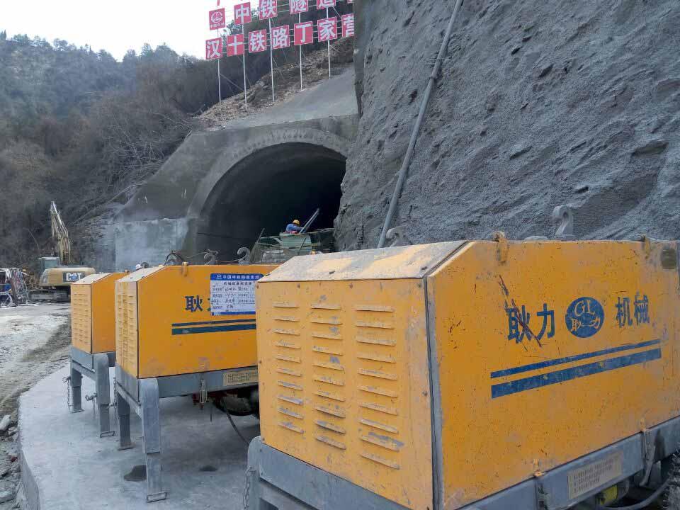 河南耿力工程设备承建汉十铁路丁家营